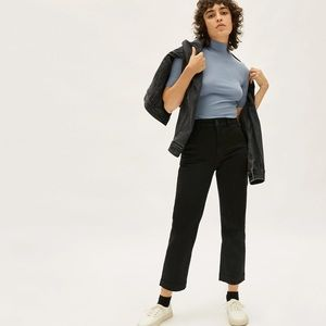 Everlane Black Cropped Straight Short Pants Size 4